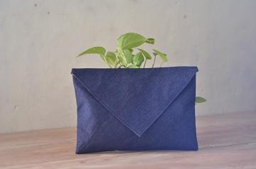 tas-kulit-denim envelope