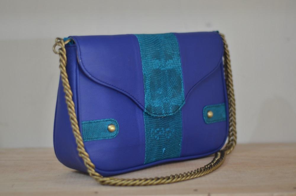 tas-kulit-iliana blue