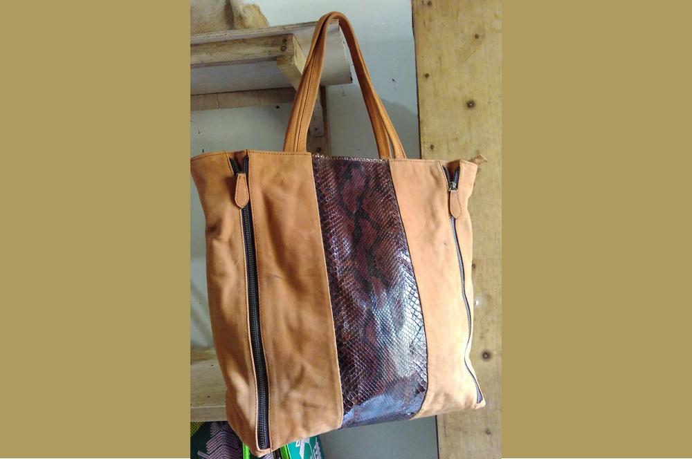 tas-kulit-tote-bag